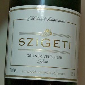 -Gruner Veltliner- brut-Sparkling wines- szigeti-www-Bostonzest-com-1-30-11  029