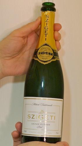 -Gruner Veltliner- brut-Sparkling wines- szigeti-www-Bostonzest-com-1-30-11  030