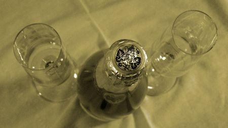 IMG_2986 - Version 22011-03-31-cremant-du-jura-cava-fox-wine-sparkling-© 2011 Penny Cherubino