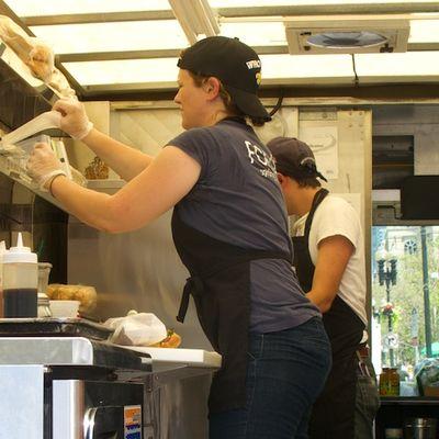 IMG_0656 - Version 22011-07-23bon-me-food-truck ©2011 Ed Cherubino© 2011 Penny Cherubino