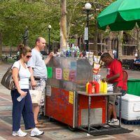 IMG_1748 - Version 22011-09-03- copley -square-food-truck-pod-dining-spots-© 2011 Penny Cherubino