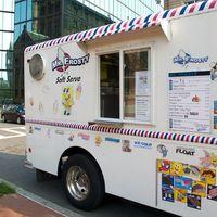 IMG_1766 - Version 22011-09-03- copley -square-food-truck-pod-dining-spots-© 2011 Penny Cherubino
