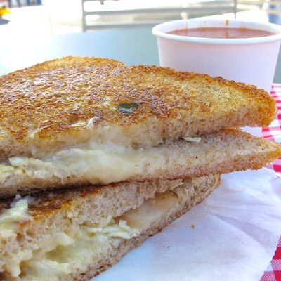 IMG_2291 - Version 22011-09-17Grilled-cheese-nation-food-truck© 2011 Penny Cherubino