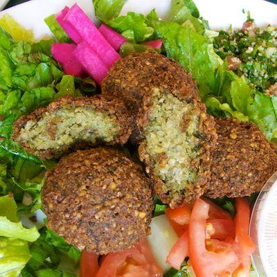 IMG_3123 - Version 32011-10-14-fordees-falafel-plate-watertown-ma-© 2011 Penny Cherubino