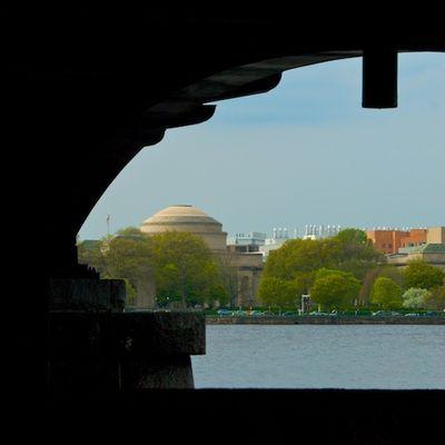 DSC_7273 - Version 22011-05-03-Harvard-bridge-charles-river-MIT- ©2010 Penny Cherubino- © 2011 Penny Cherubino