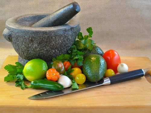DSC_0264 - Version 22012-01-04-guacamole-simple-few-tools-knife-granite-mortar-pestle-© 2011 Penny Cherubino