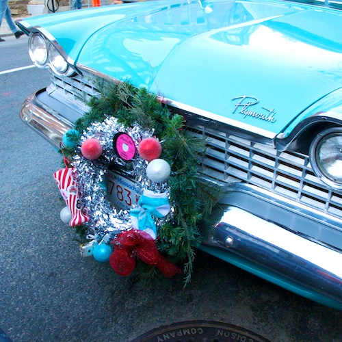 IMG_4295 - Version 22011-12-13-1959-plymouth-belvedere-blue-christmas-wreath-© 2011 Penny Cherubino