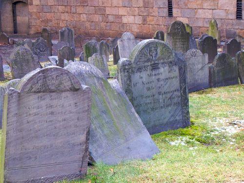 IMG_4556 - Version 22012-01-26-kings-chapel-buriel-ground-gravestones-tipping-historic-© 2011 Penny Cherubino