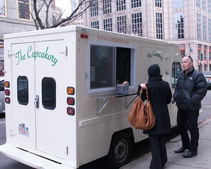 PMC_8124 - Version 22012-03-09-cupcakory-food-truck-cupcakes-boston-brooklilne-© 2011 Penny Cherubino
