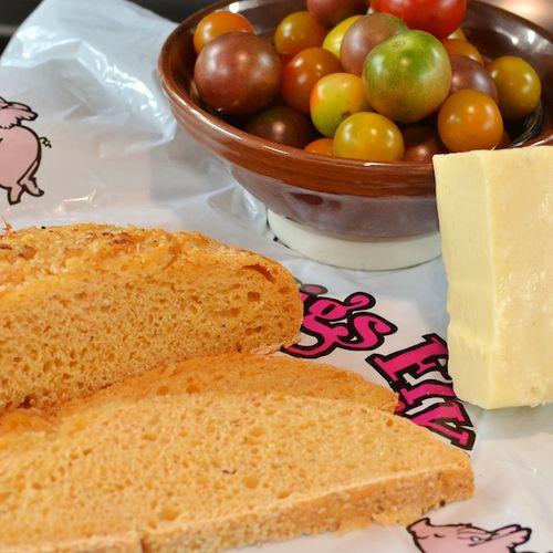 DSC_7322 - Version 22012-08-09-grilled-cheese-when-pigs-fly-hummus-bread-© 2011 Penny Cherubino