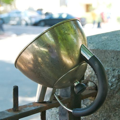 PMC_6099 - Version 22012-09-01-move-in-days-boston-abandoned-kettle-© 2011 Penny Cherubino