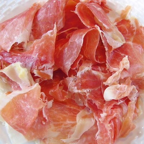 IMG_5866 - Version 22012-10-07Surryano-virginia-peanut-fed-berkshire-pork-surry-farms© 2011 Penny Cherubino