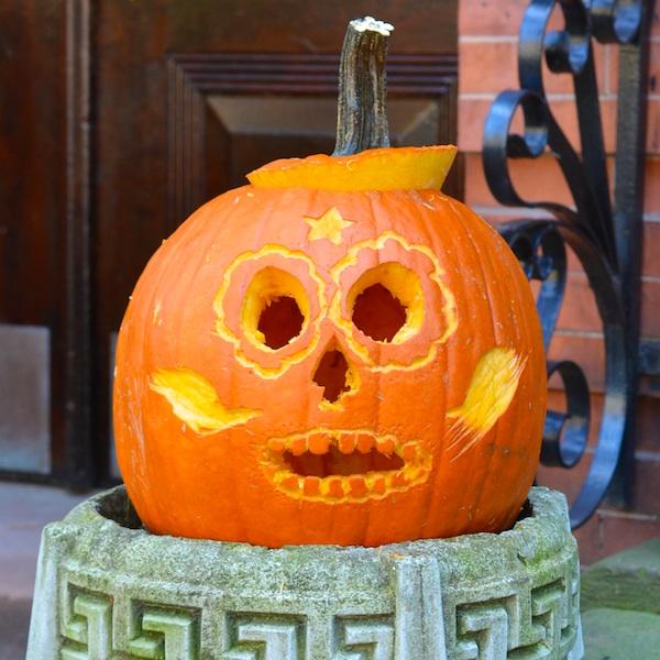 DSC_9604 - Version 22012-10-27-jack-o-lanterns-halloween-decoaration-© 2011 Penny Cherubino