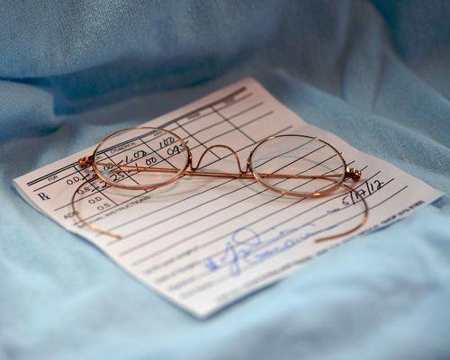 CHE_0202 - Version 22012-12-31-eyeglass-prescription-antique-gold-© 2011 Penny Cherubino