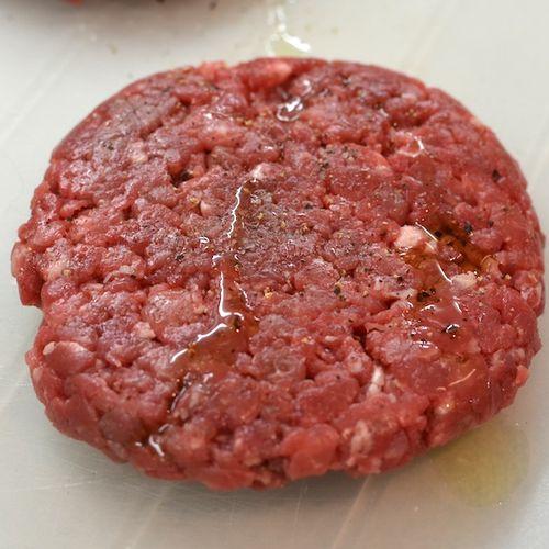 DSC_1548 - Version 22013-01-05-lamb-burgers-olive-oil-© 2011 Penny Cherubino