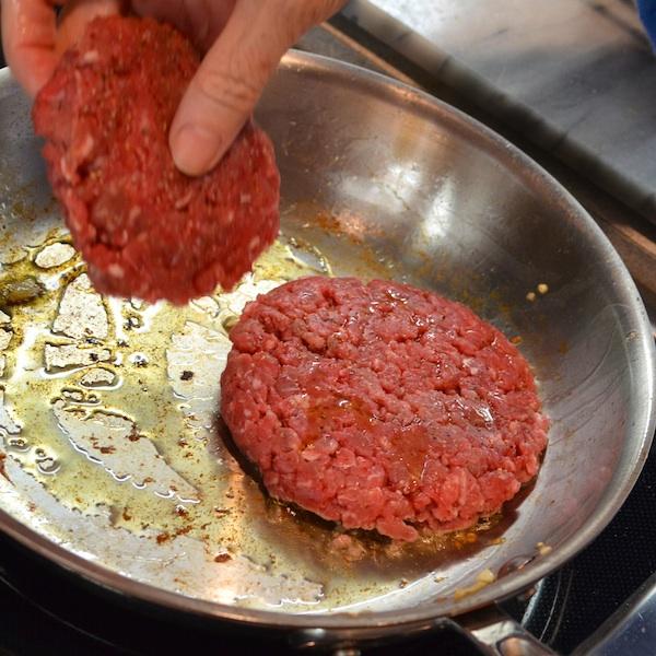 DSC_1552 - Version 22013-01-05-lamb-burgers-olive-oil-© 2011 Penny Cherubino