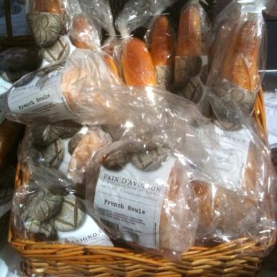 Photod - Version 22012-10-15-pain-d'avignon-bread-city-hall-farmers-market-© 2011 Penny Cherubino