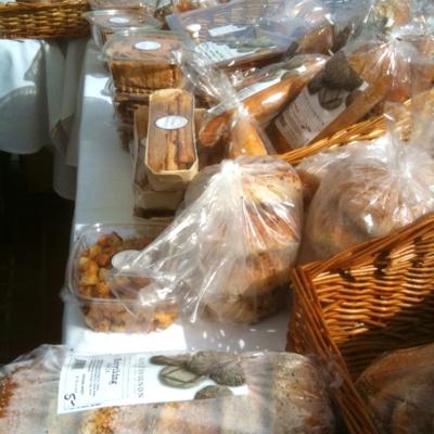 Photoa - Version 22012-10-15-pain-d'avignon-bread-city-hall-farmers-market-© 2011 Penny Cherubino
