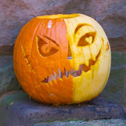 IMG_5958 - Version 22012-10-27-jack-o-lanterns-halloween-decoaration-© 2011 Penny Cherubino