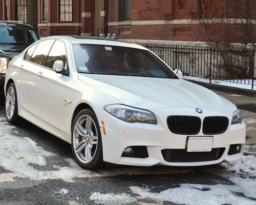 DSC_1559 - Version 22013-01-06-BMW-White-550-eyecandy-© 2011 Penny Cherubino