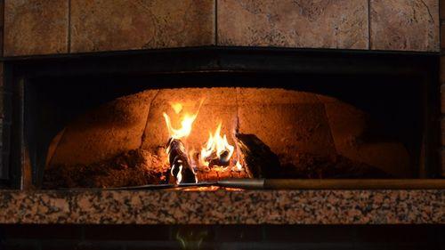 DSC_4885 - Version 22013-06-01-woody's-Grill-Tap-Boston-pizza-oven-© 2011 Penny Cherubino