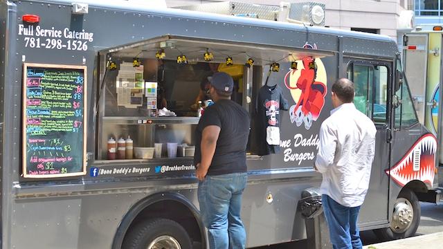 DSC_4992 - Version 22013-06-05-food-trucks-wed-belvedere-© 2011 Penny Cherubino
