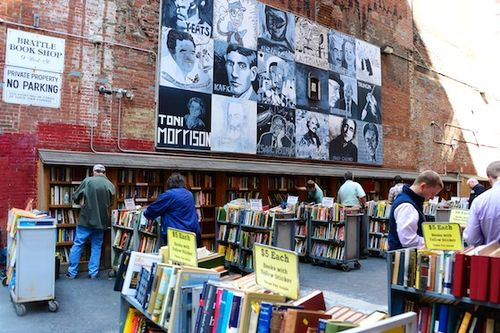 PC2_0519 - Version 22013-09-26-brattle-book-shop-boston-annex-bargain-books-© 2011 Penny Cherubino