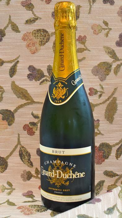 DSC_8661 - Version 32013-09-26-Canard-Duchêne-brut-champagne-© 2011 Penny Cherubino
