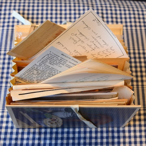 -recipe-file-old-grease-stained-recipe-cards- (1)
