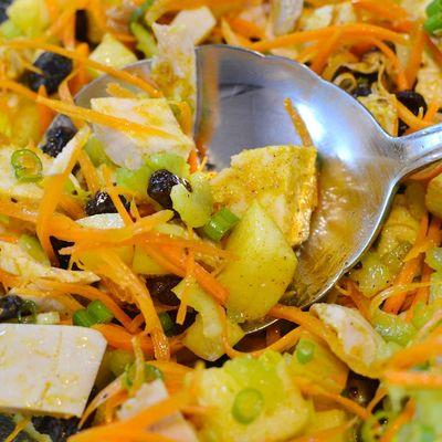 DSC_0650 - Version 22014-01-04-curried-chicken-salad-raisin-celery-scallion-apple-carrot-© 2011 Penny Cherubino