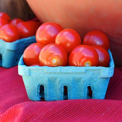 PC2_3562 - Version 22014-05-21tomatoes- greenway- Freitas Farm-© 2011 Penny Cherubino