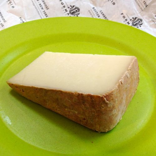IMG_0683 - Version 22014-05-04-brevis-pardou-sheep-milk-cheese-© 2011 Penny Cherubino