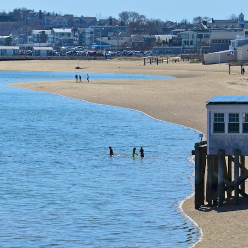 PC2_2771 - Version 32014-04-21-provincetown-harbor-beach-© 2011 Penny Cherubino