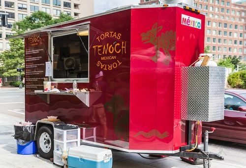 Tenoch-Mexican-Tortas-on-Greenway-Food-Truck