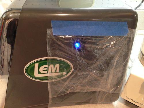 IMG_08772014-08-17LEM-grinder-switch-protected-© 2011 Penny Cherubino