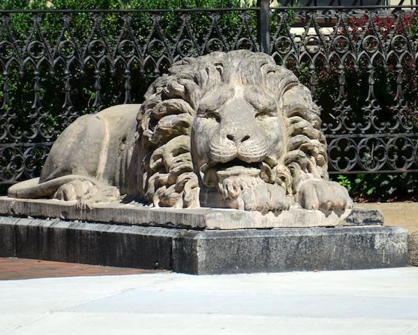 CHE_4171 - Version 22014-08-25-sculpture-lion-boston-© 2011 Penny Cherubino