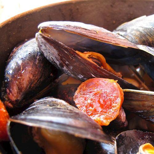 IMG_7572 - Version 22014-08-14-mussels-la voile-© 2011 Penny Cherubino
