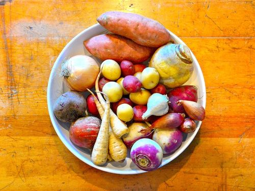 CHE_5162 - Version 22014-10-17-root-vegetables-© 2014 Penny Cherubino copy