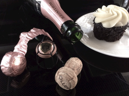 BOLLINGER & Cupcake - Version 22014-12-31Bollinger-rose-chocolate-cupcake-empty-bottle-cork-© 2014 Penny Cherubino