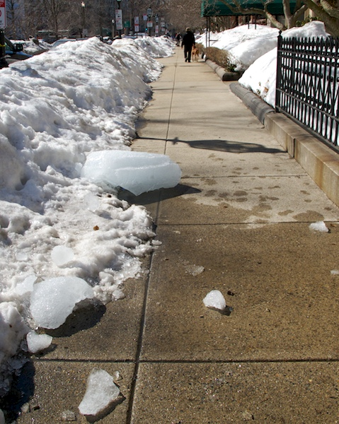 IMG_8087 - Version 22015-03-06-snow-fall-preparation-back-bay-boston-© 2014 Penny Cherubino