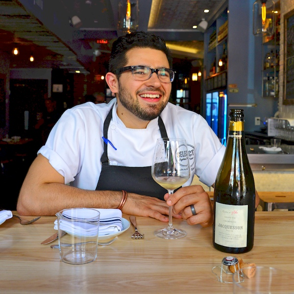 CHE_7729 - Version 32015-05-27-jacquesson-champagne-select-oyster-bar-patio-© 2014 Penny Cherubino