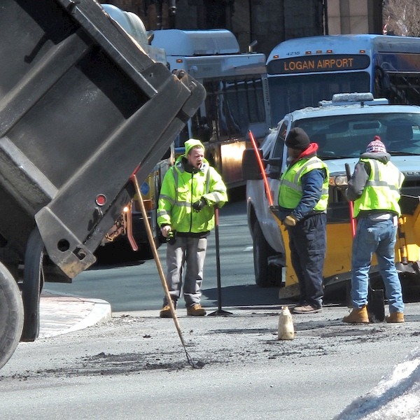 IMG_1397 - Version 22015-03-18-pot-hole-filling-boston-public-works-© 2014 Penny Cherubino