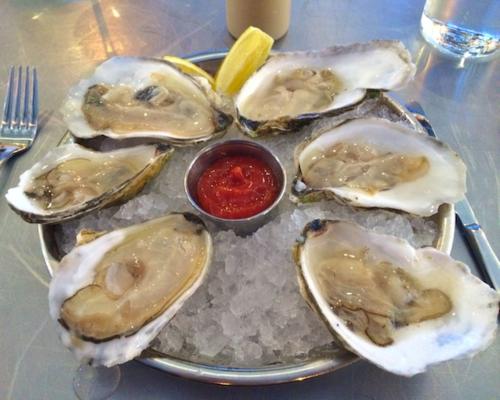 Photo copy 4 - Version 22015-04-08Select-oyster-bar-island-creek-oysters-© 2014 Penny Cherubino