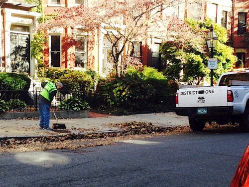 Photo - Version 22014-10-20-public-works-boston-street-sweeping-© 2014 Penny Cherubino