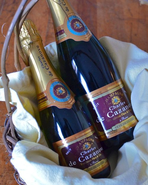 DSC_4844 - Version 22014-11-23Charles-de-cazanove-champagne-split-750ml-© 2014 Penny Cherubino