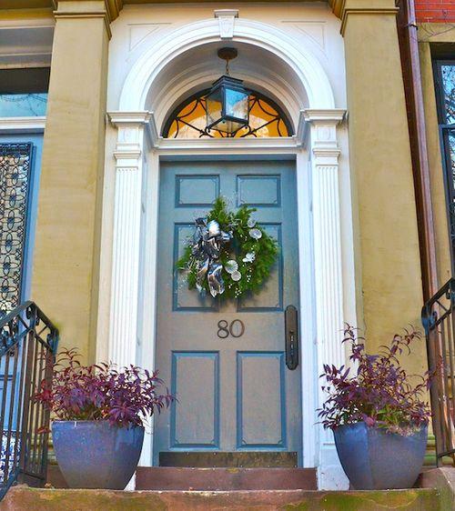 CHE_5495 - Version 22014-12-04-holiday-wreath-marlborough-street-boston-© 2014 Penny Cherubino